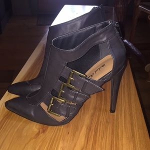 Michael Antonio heeled booties